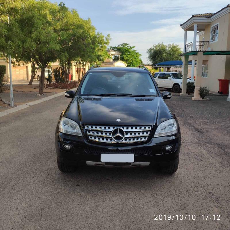 Mersedes-Benz ML-350 4Matic in Botswana