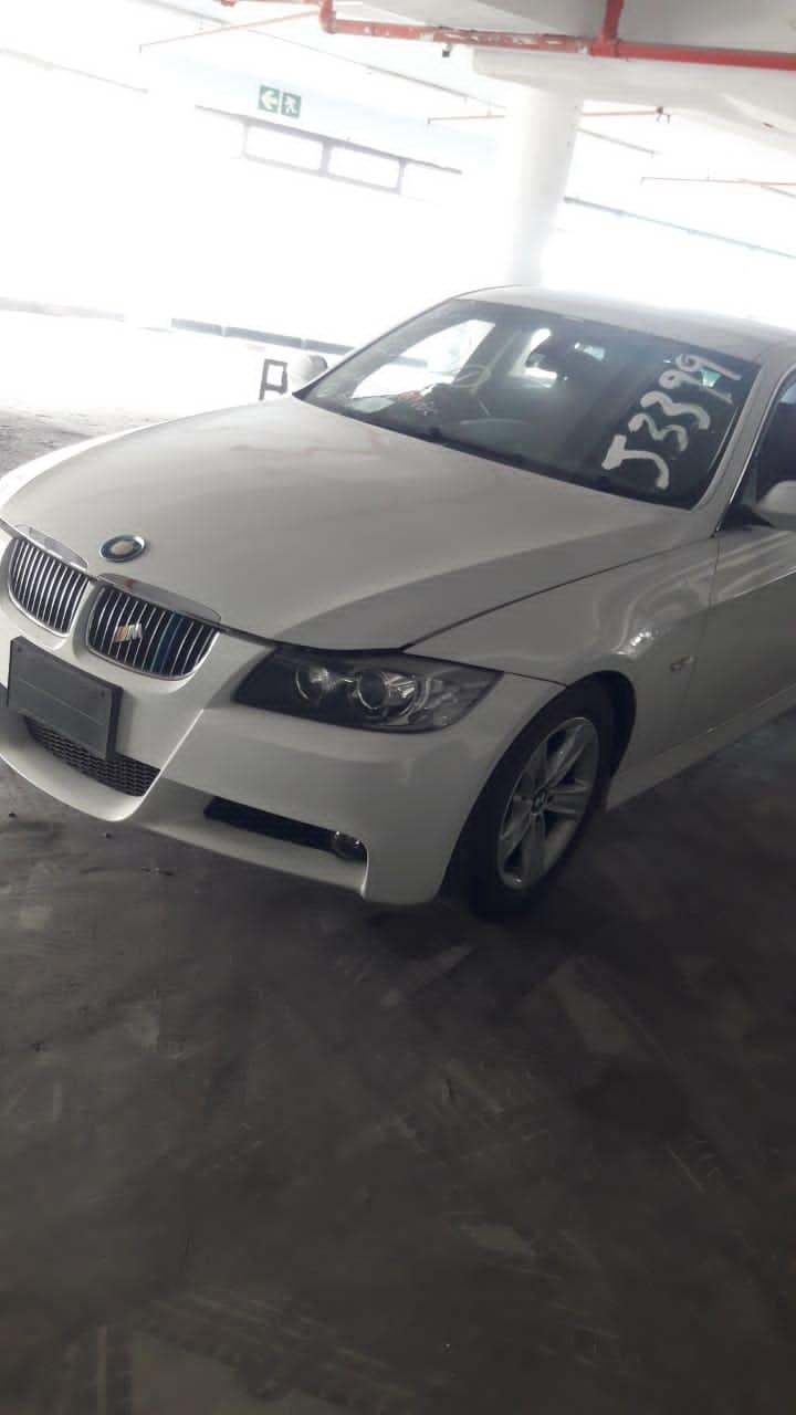 Used BMW 3 Series 330i in Botswana