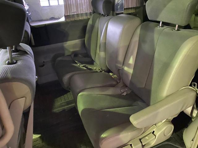 Used Nissan Elgrand in Botswana
