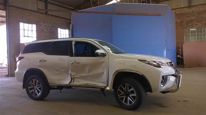 Used Toyota damaged Fortuner in Botswana