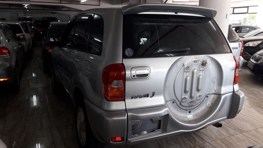 Used Toyota RAV 4 in Botswana