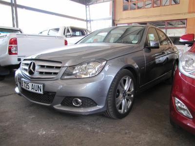 Mercedes-Benz C200K in