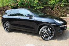 Porsche Cayenne v6 triptrotic in