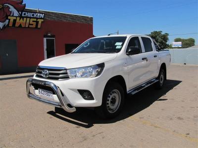 Toyota Hilux SRX in