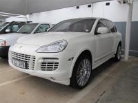 Porsche Cayenne in
