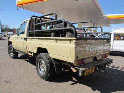 Pick-up Single Cab Toyota Land Cruiser V6 for sale in Gaborone,