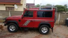 Land Rover Defenter Defender 90 2.8i CSW in