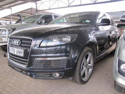 Audi Q7 in