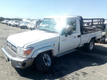 damaged Toyota Land Cruiser in Botswana