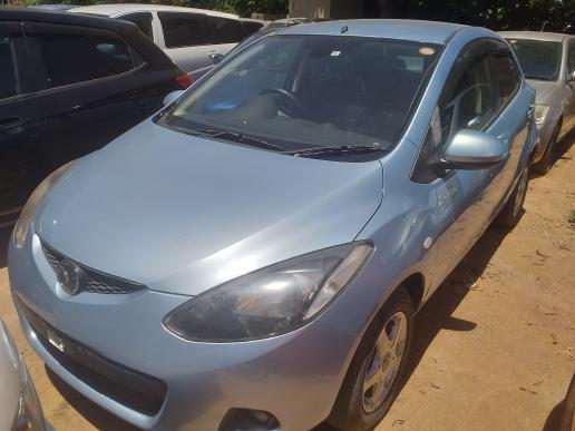 Mazda 2 in