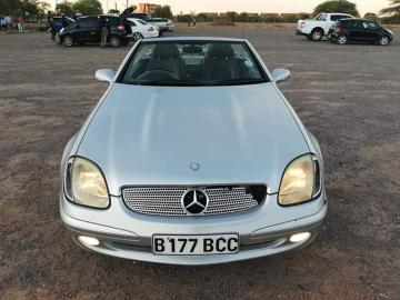 Mercedes Benz slk230 in