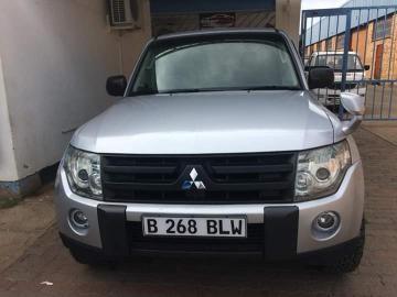 Mitsubishi Pajero in Botswana