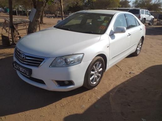 TOYOTA CAMRY in