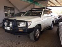 Toyota Land Cruiser V8 VX in
