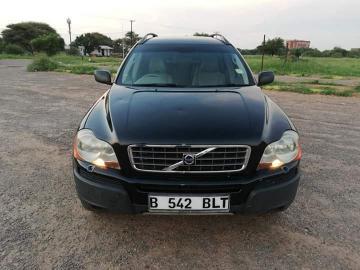 Volvo XC90 in Botswana