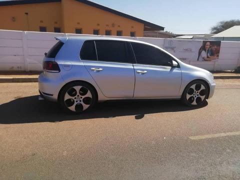 VW Golf 6 GTI (LOCAL) in