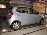 Hyundai i10 for sale in Botswana - 4