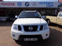 Nissan Navara 4.0 V6 for sale in Botswana - 1