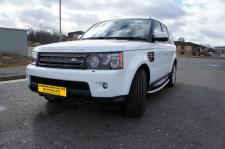 Land Rover Range Rover in Botswana