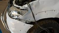 accident damaged hilux 3.0 d4d for sale for sale in Botswana - 1
