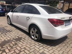 Chevrolet Cruze for sale in Botswana - 2