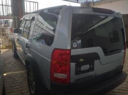 LandRover Discovery 3 for sale in Botswana - 2