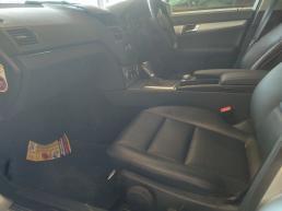 Mercedes Benz C180 for sale in Botswana - 3