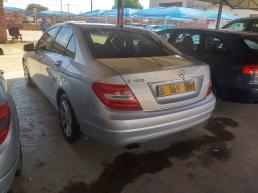 Mercedes Benz C180 for sale in Botswana - 0