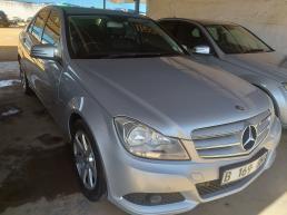 Mercedes Benz C180 for sale in Botswana - 2