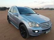 Mercedes Benz ML350 for sale in Botswana - 3