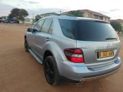 Mercedes Benz ML350 for sale in Botswana - 6