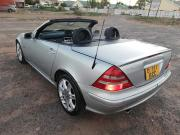 Mercedes Benz slk230 for sale in Botswana - 4