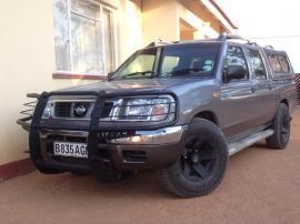 Nisssan SE for sale in Botswana - 9