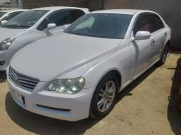 Toyota Markx for sale in Botswana - 5