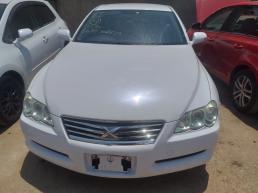 Toyota Markx for sale in Botswana - 6