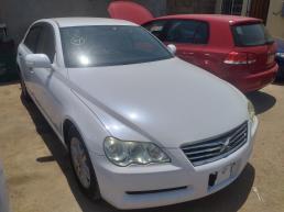 Toyota Markx for sale in Botswana - 7