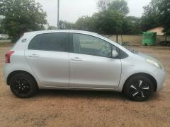 Toyota Vitz for sale in Botswana - 3