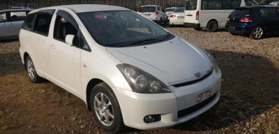 Toyota Wish for sale in Botswana - 2