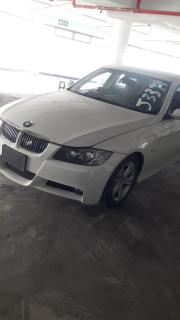 Used BMW 3 Series 330i for sale in Botswana - 4