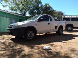 Used Chevrolet Corsa for sale in Botswana - 4