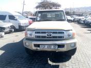 Used damaged runner Toyota Land Cruiser for sale in Botswana - 1
