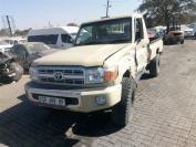 Used damaged runner Toyota Land Cruiser for sale in Botswana - 2