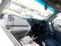 Used damaged runner Toyota Land Cruiser for sale in Botswana - 10