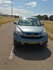 Used Honda CR-V for sale in Botswana - 3