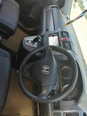 Used Honda CR-V for sale in Botswana - 5