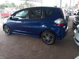 Used Honda Fit for sale in Botswana - 1