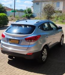 Used Hyundai ix35 for sale in Botswana - 3