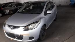 Used Mazda 2 for sale in Botswana - 3