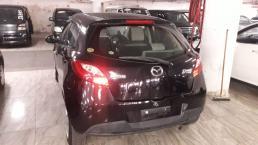 Used Mazda 2 for sale in Botswana - 13