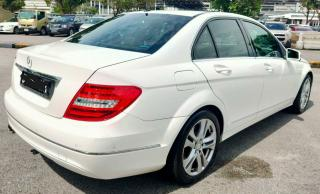 Used Mercedes-Benz C180 for sale in Botswana - 11